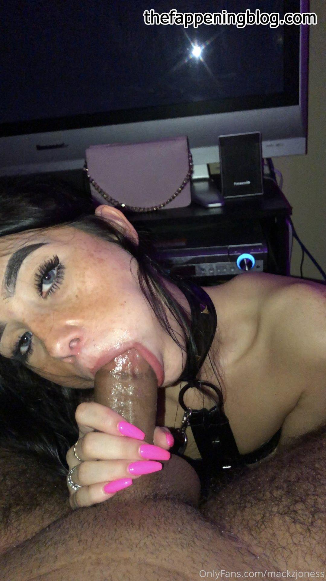Mackenzie Jones aka mackzjoness Leaked Photo 27