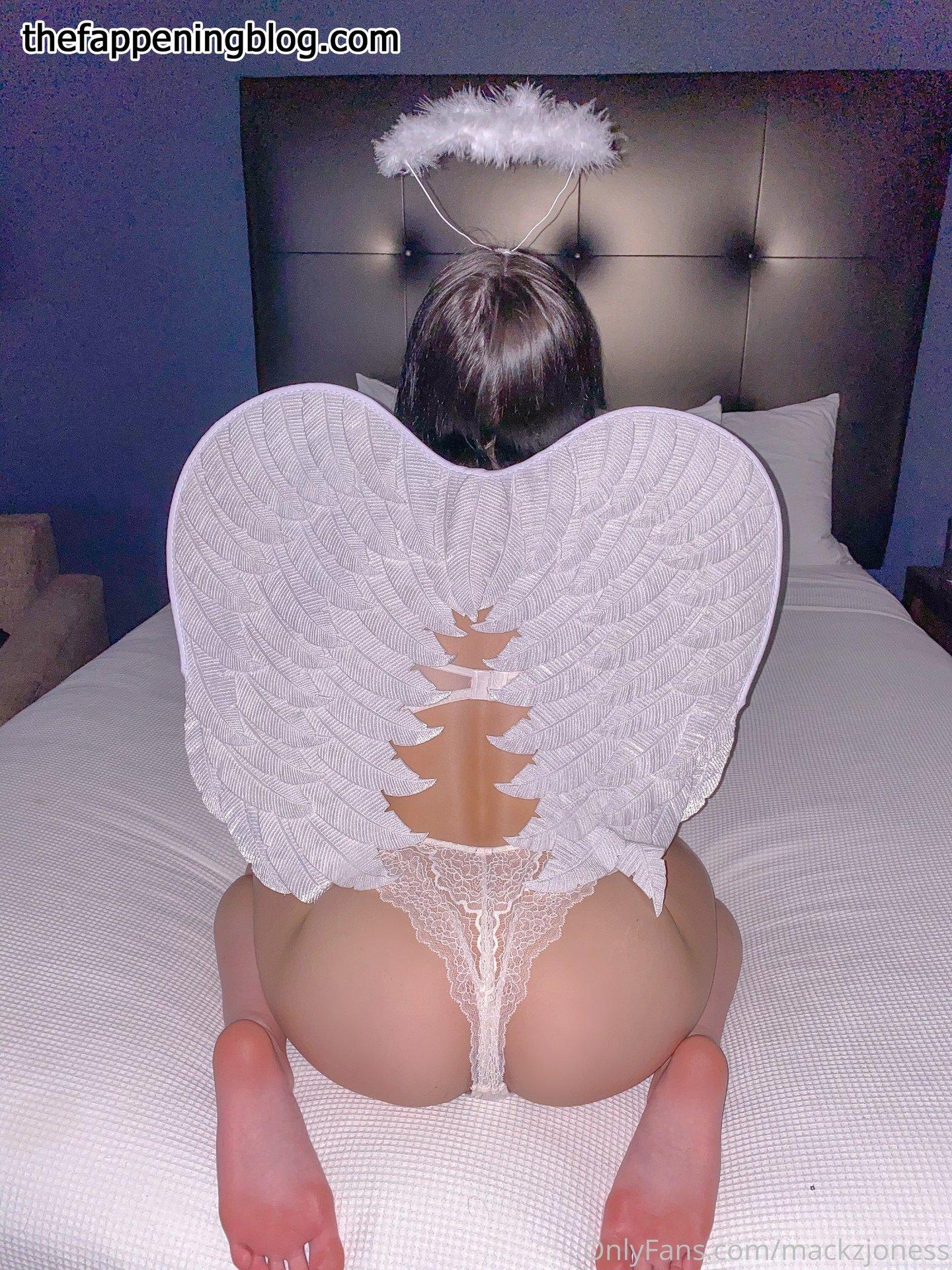 Mackenzie Jones aka mackzjoness Leaked Photo 135