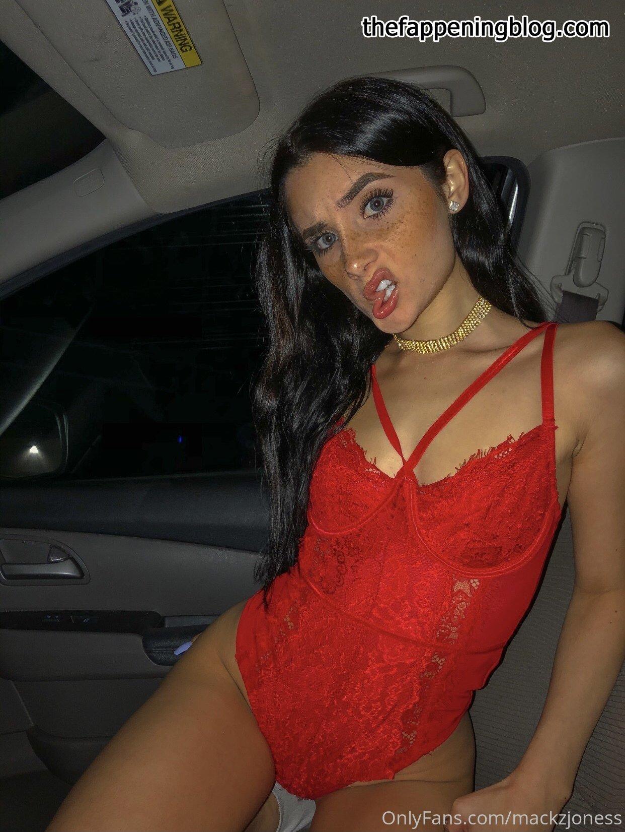 Mackenzie Jones aka mackzjoness Leaked Photo 142