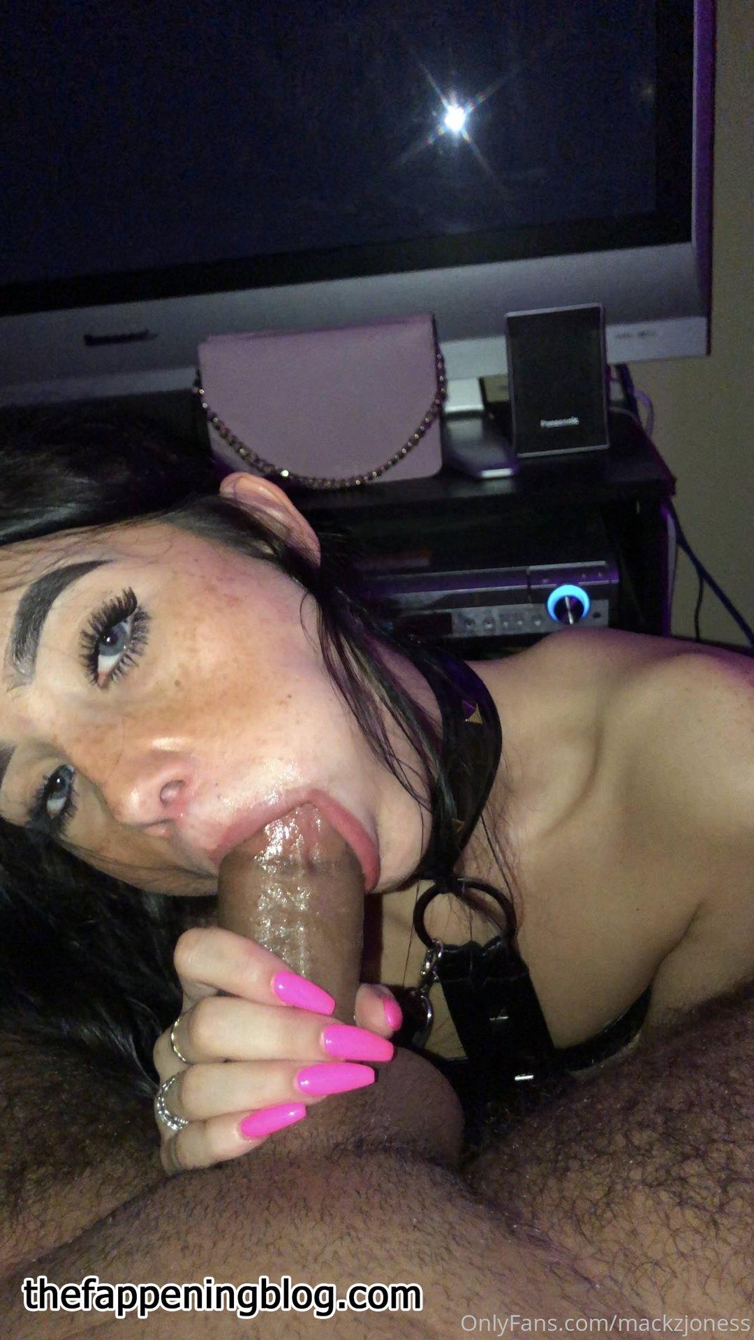 Mackenzie Jones aka mackzjoness Leaked Photo 174