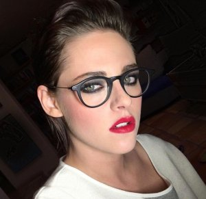 Kristen Stewart topless pic