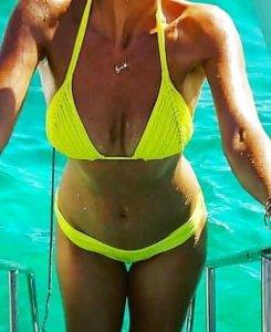 Sexy Annemarie Carpendale