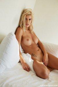 Maria bello naked butt