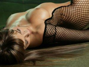 Nackt  Isabella Syrek PLAYBOY 2003/01