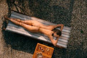 nackt Ormesher Simone The Bachelor