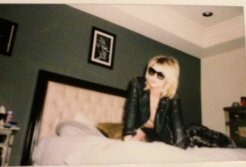 Ashley Benson Naked (5 Photos)