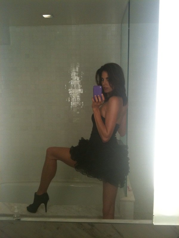 Brooke Burns Naked (4 Photos)