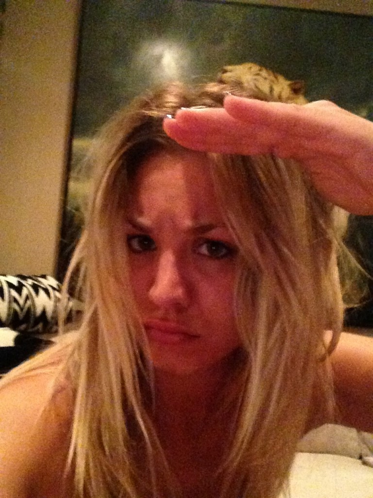 Kaley Cuoco Naked Leaked 03
