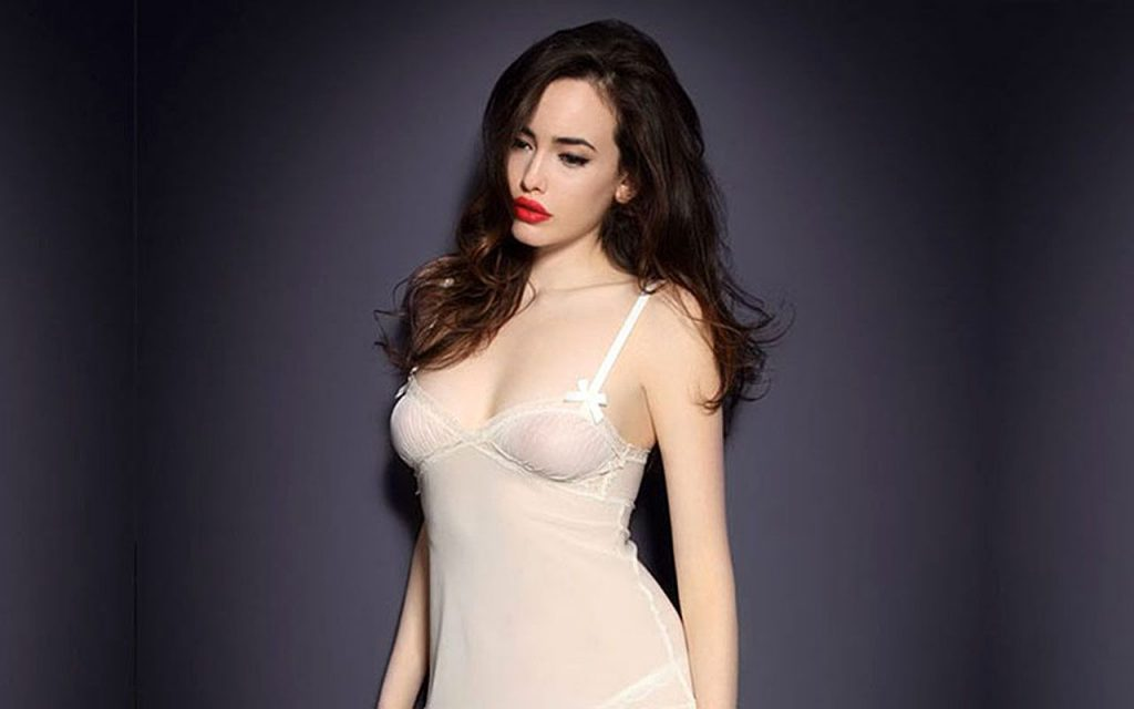Kat Dennings Naked Leaked The Fappening & Sexy (22 Photos)