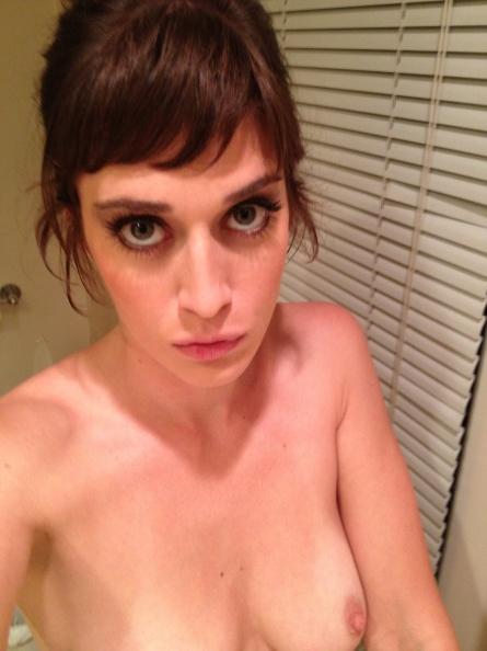 Nude Photos Of Lizzy Caplan