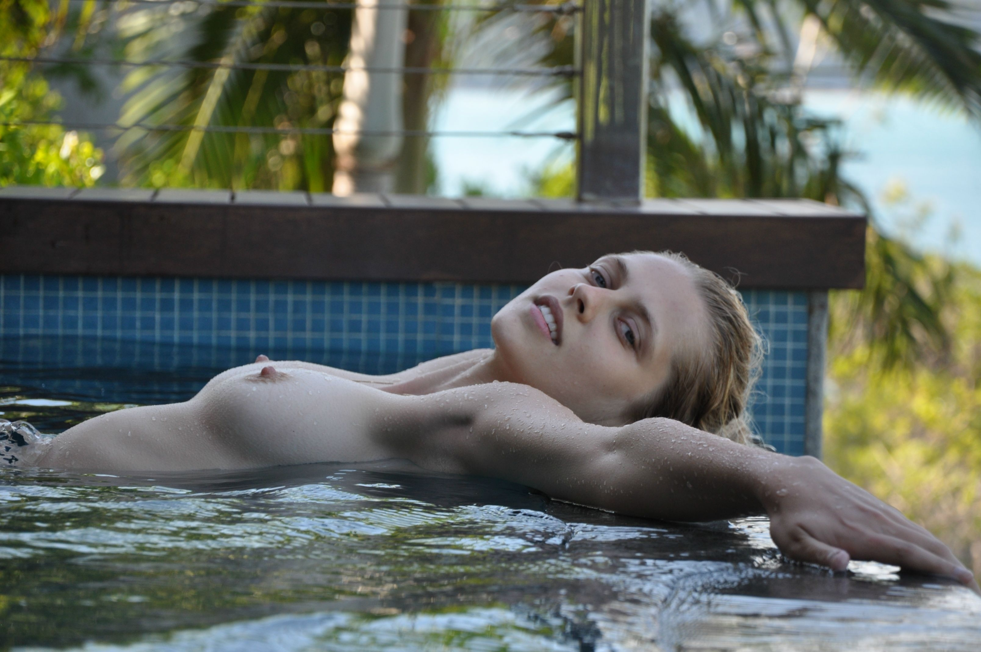 Teresa palmer nude and naked — img 4