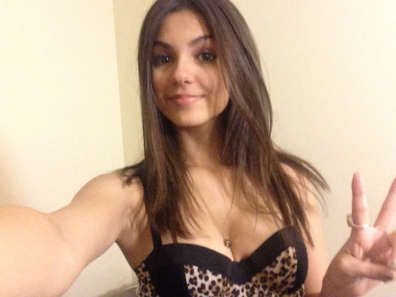 victoria justice fappening