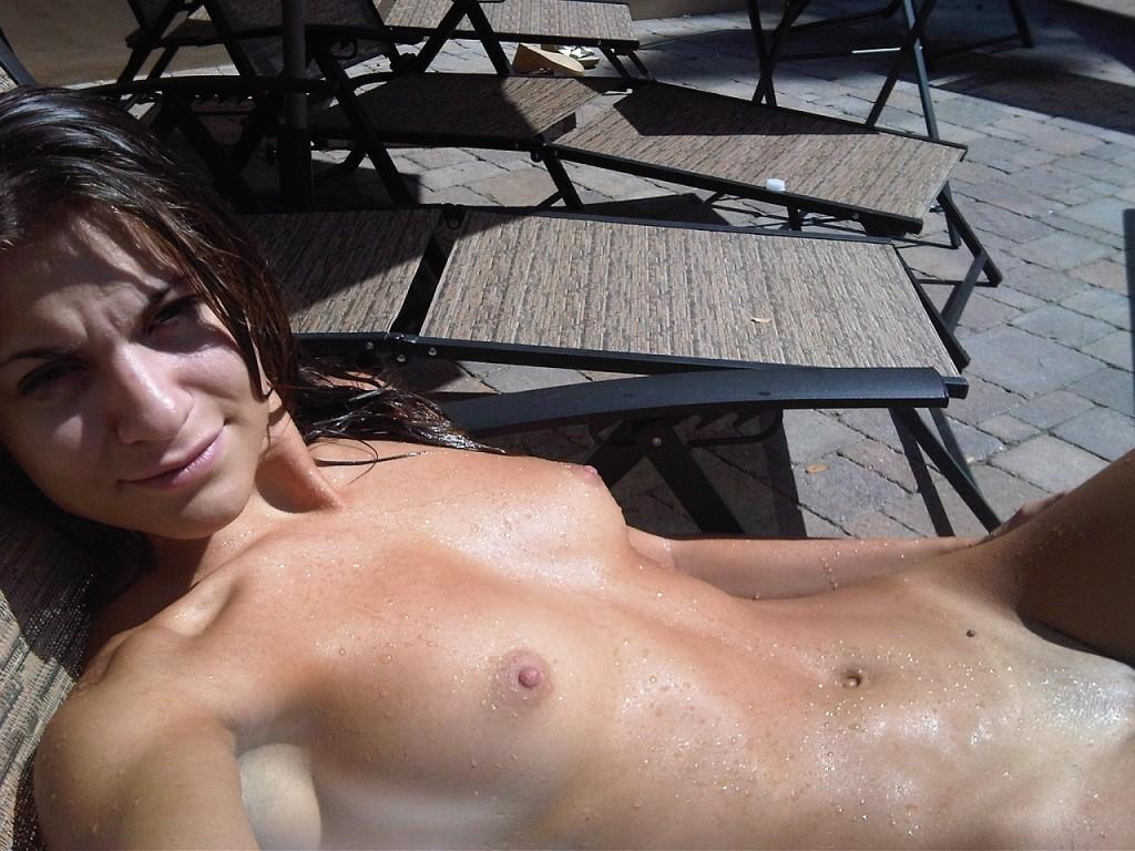 AnnaLynne McCord Naked 21