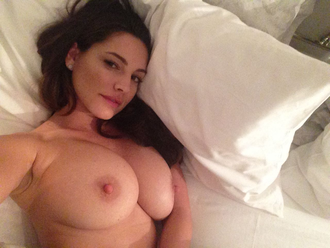 kelly brook nudes