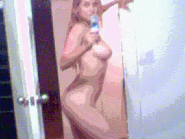 Leelee Sobieski Naked (10 Photos)