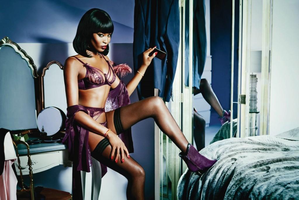 Naomi Campbell Naked  06