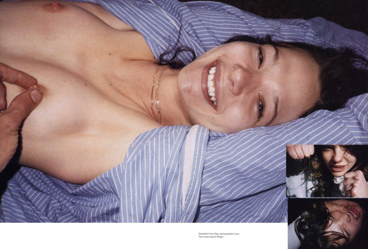 Angelina jolie nude movie appearances