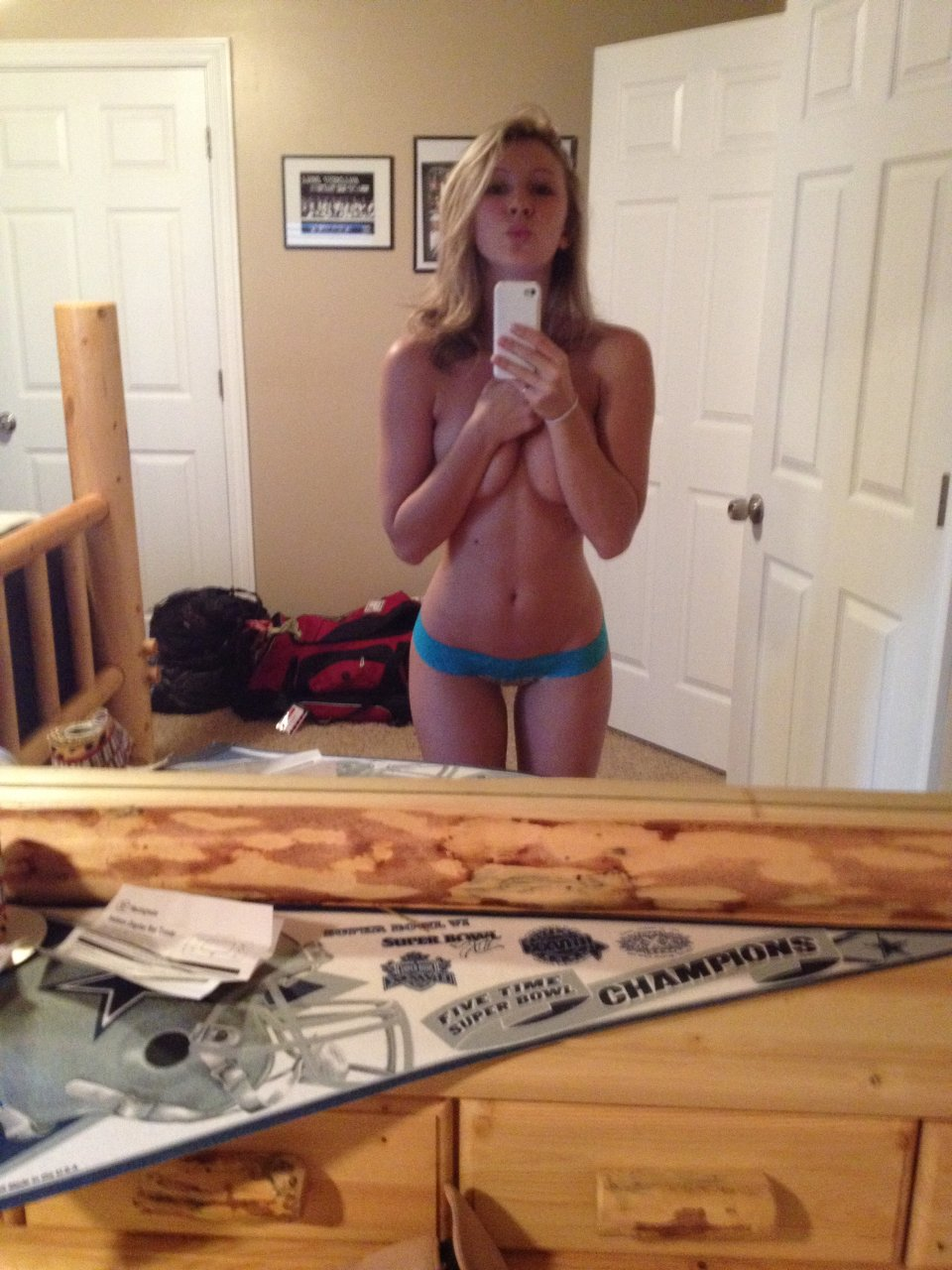 Topless Nfl Cheerleaders Girls Nude Gif