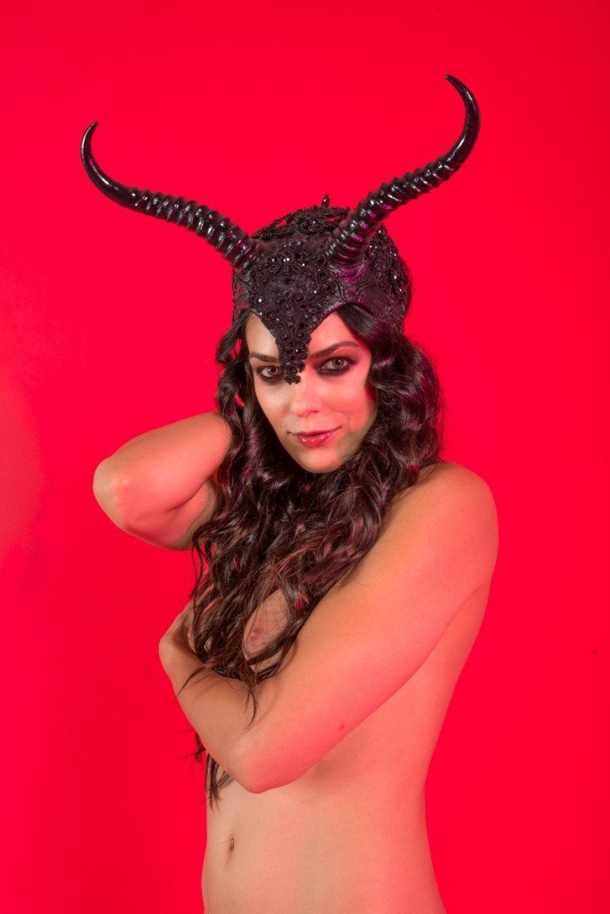 Adrianne Curry Naked (50 Photos) Part 2