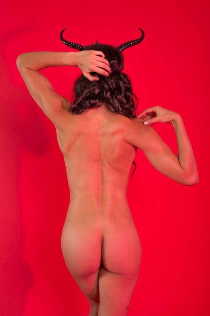 Adrianne Curry Naked 103
