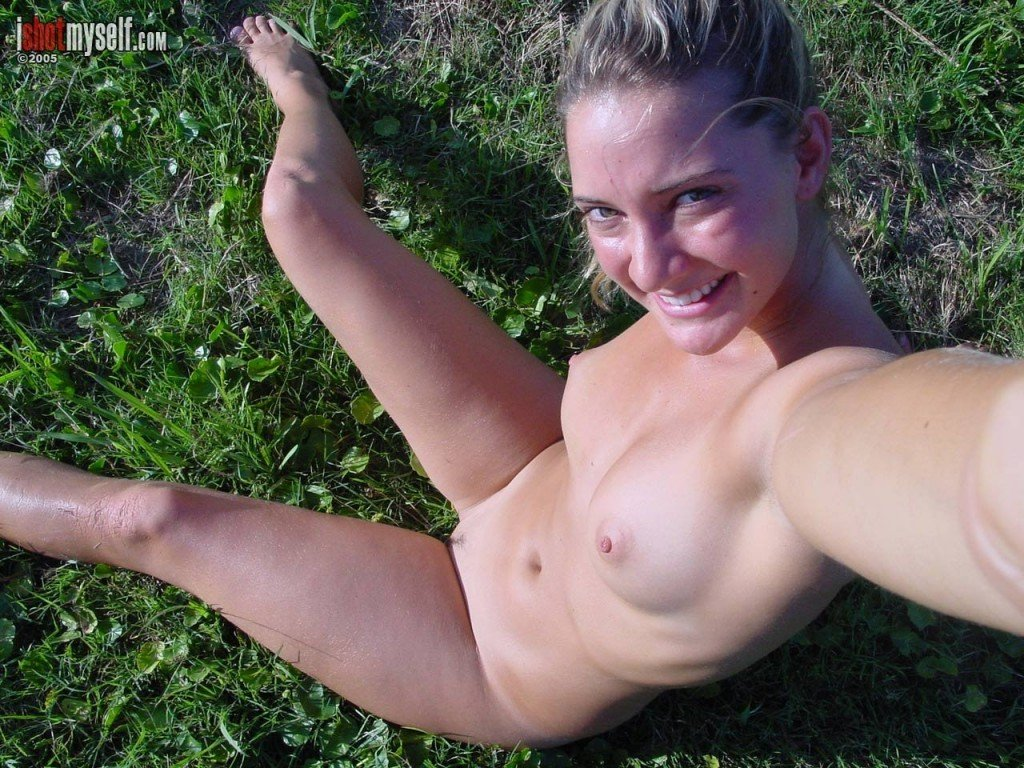 Hermione Way Naked 056
