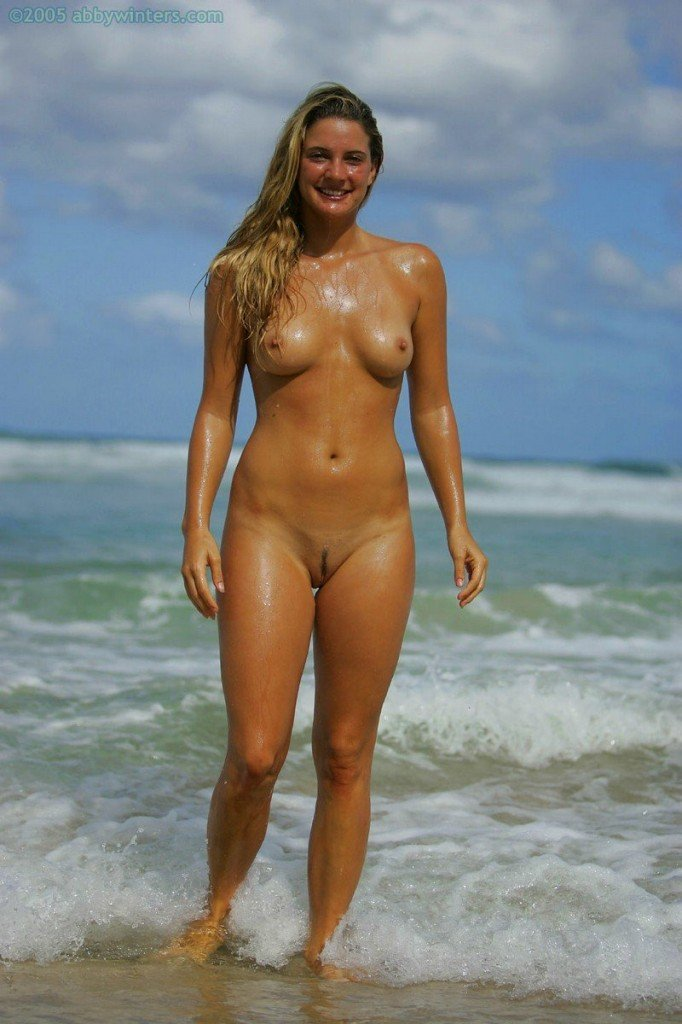 Hermione Way Naked 071