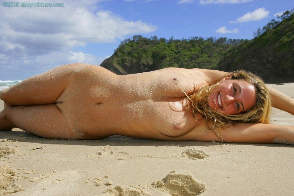 Hermione Way Naked 075
