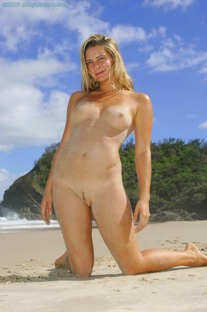 Hermione Way Naked 077