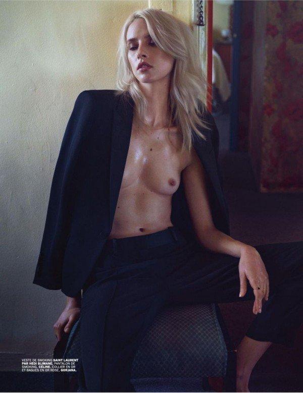 Julia Frauche Naked 02