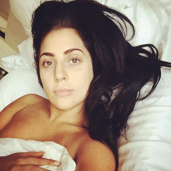 Lady Gaga Naked 002