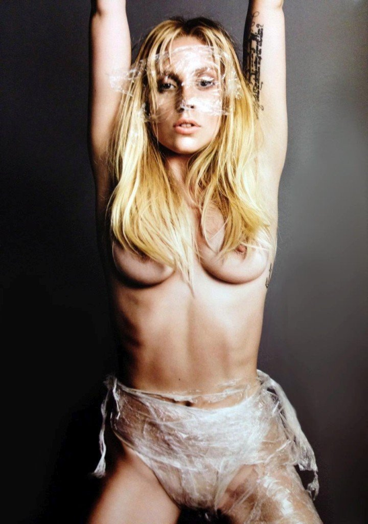 Lady Gaga Naked 015