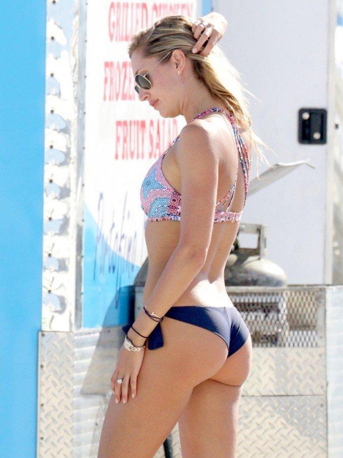 Lauren Stoner Bikini (9 Photos)