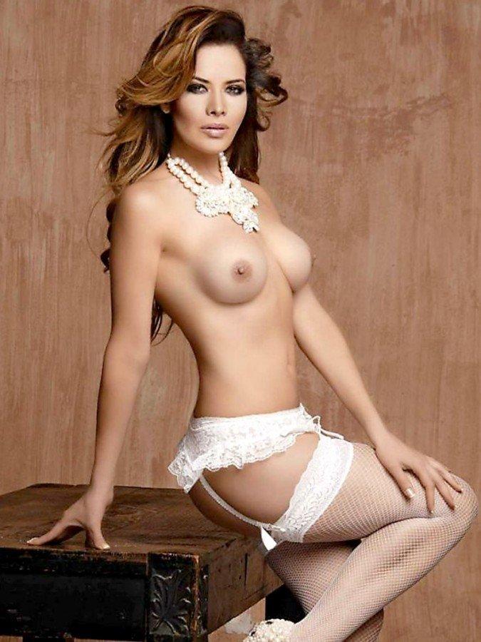 Lili Brillanti Nude (18 Photos)