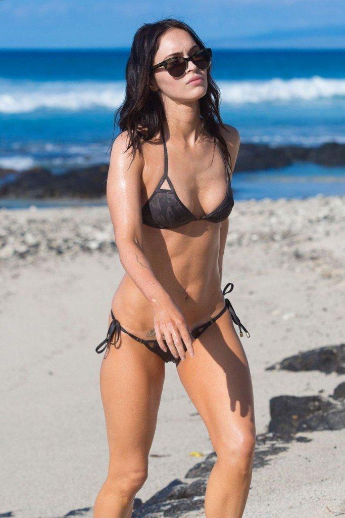 Megan Fox Cameltoe in Bikini 19