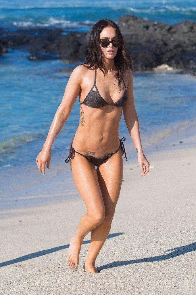 Megan Fox Cameltoe in Bikini 25