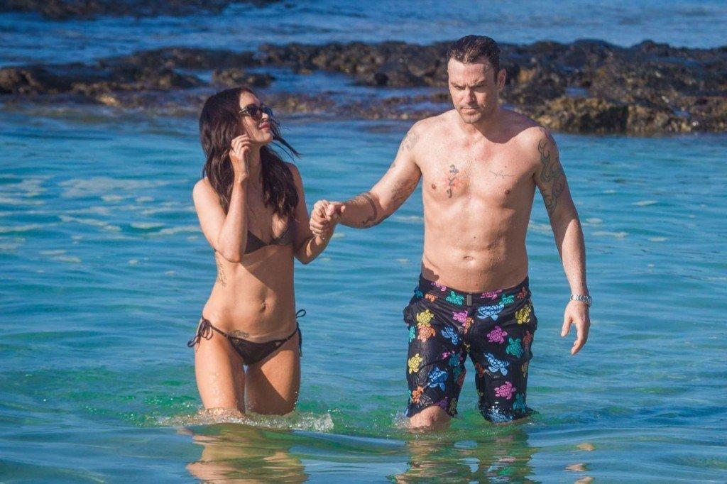 Megan Fox Cameltoe in Bikini 32