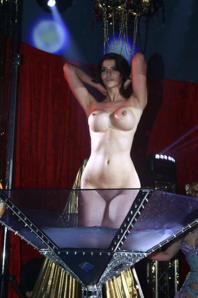 Micaela Schafer Naked 08