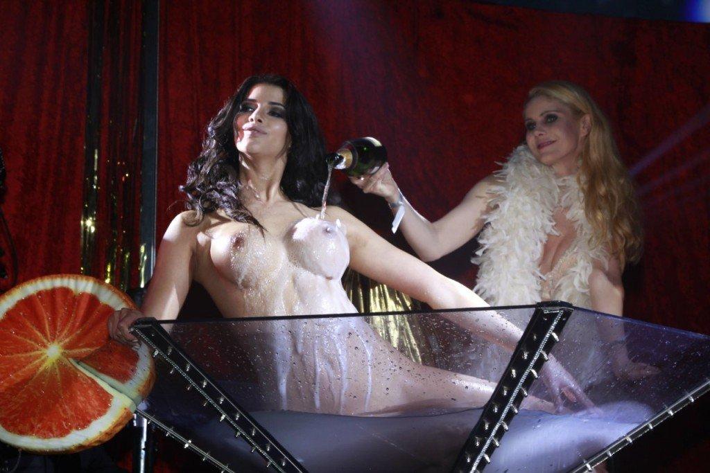 Micaela Schafer Naked 10