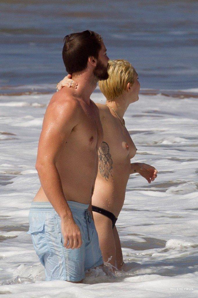 Miley Cyrus Naked 007