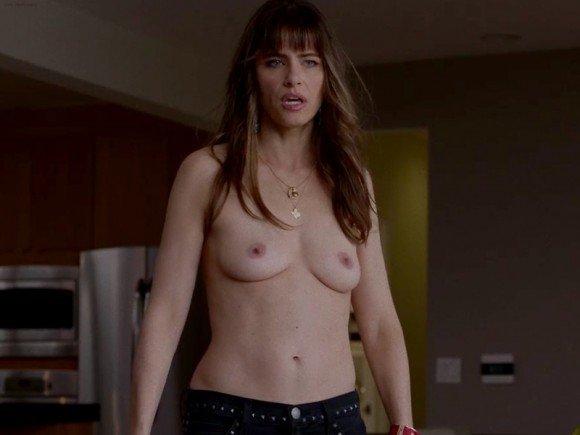 Amanda Peet Naked 01