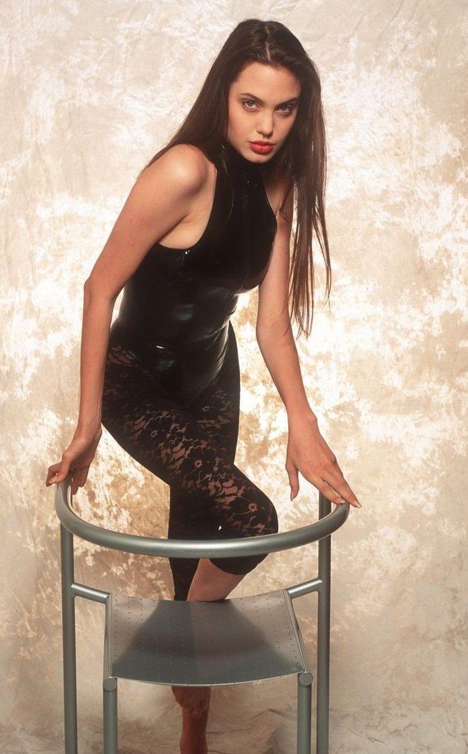 Historische Fotos: Angelina im Bikini, Jean auf dem