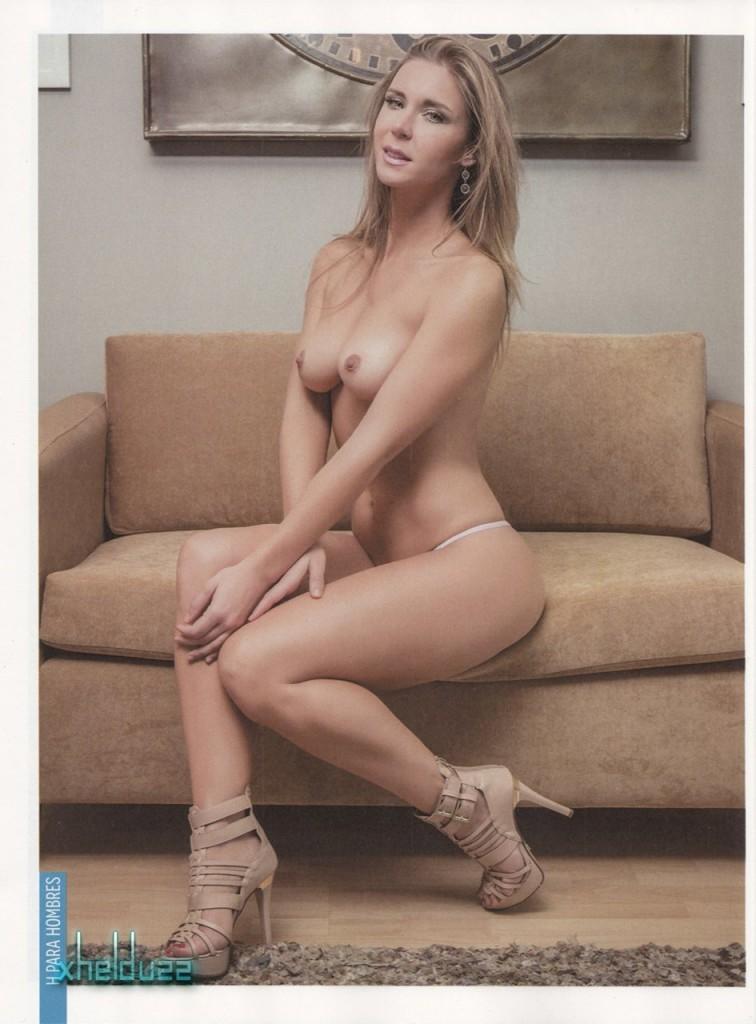 Barbara Islas Naked 01