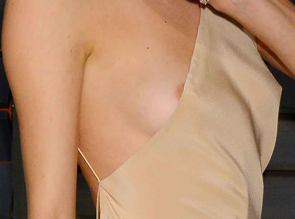 Behati Prinsloo Nip Slip (6 Photos)