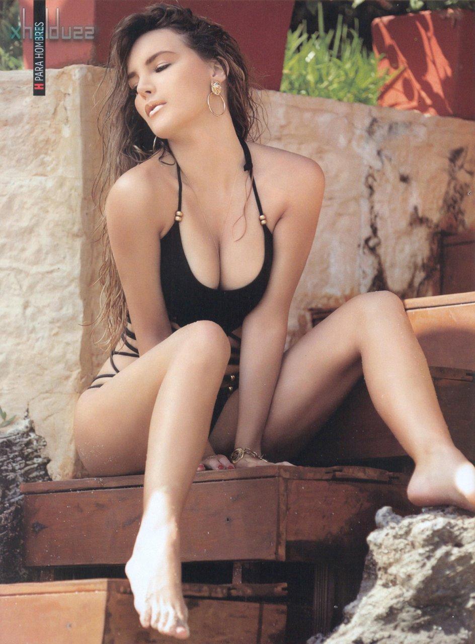 Belinda Post Nude belinda in bikini (65 photos) | #thefappening