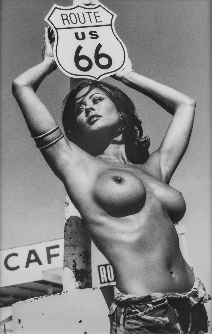 Brooke Burns Topless brooke burke topless (5 photos)   #thefappening