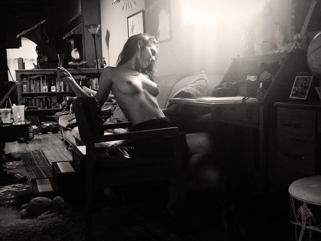 Caitlin Stasey Naked 01