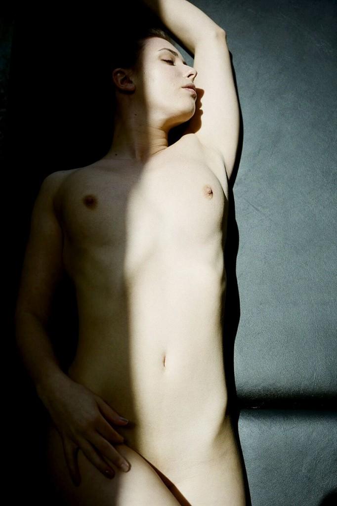 Casey Calvert Topless (4 Photos)