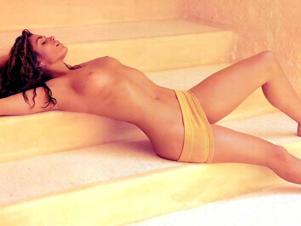 Cynthia martell thefappening nude