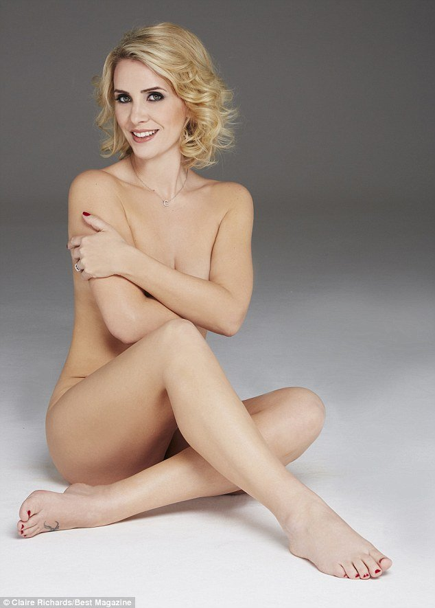Claire Richards Naked 01