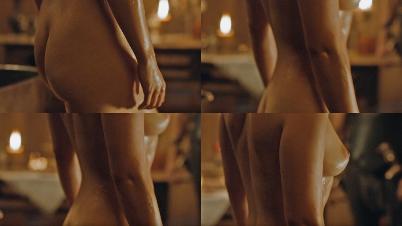 Naked pictures of emilia clarke